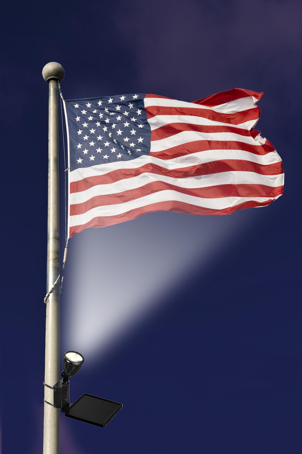 40334-in-use-shot-flag-solar-flag-light.jpg